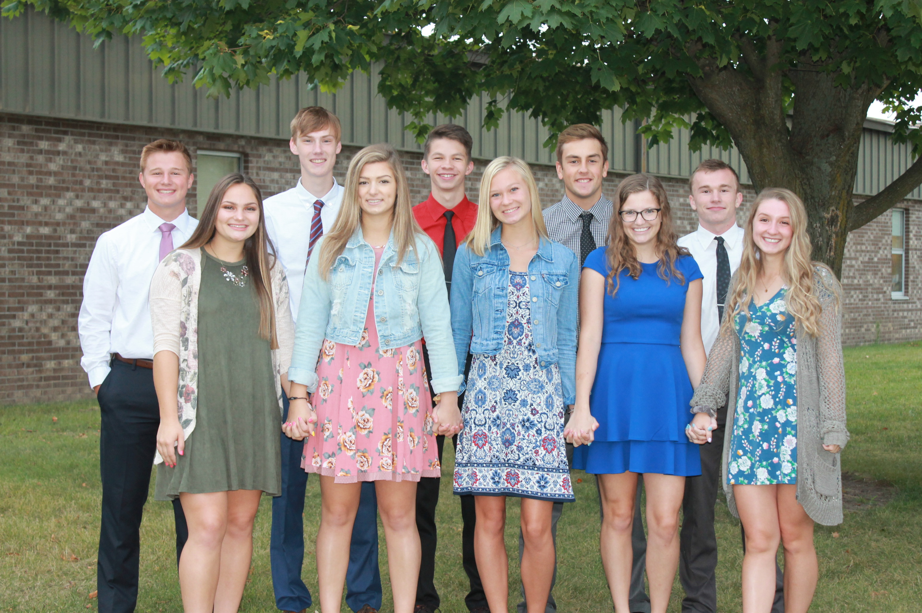 members of the homecoming court