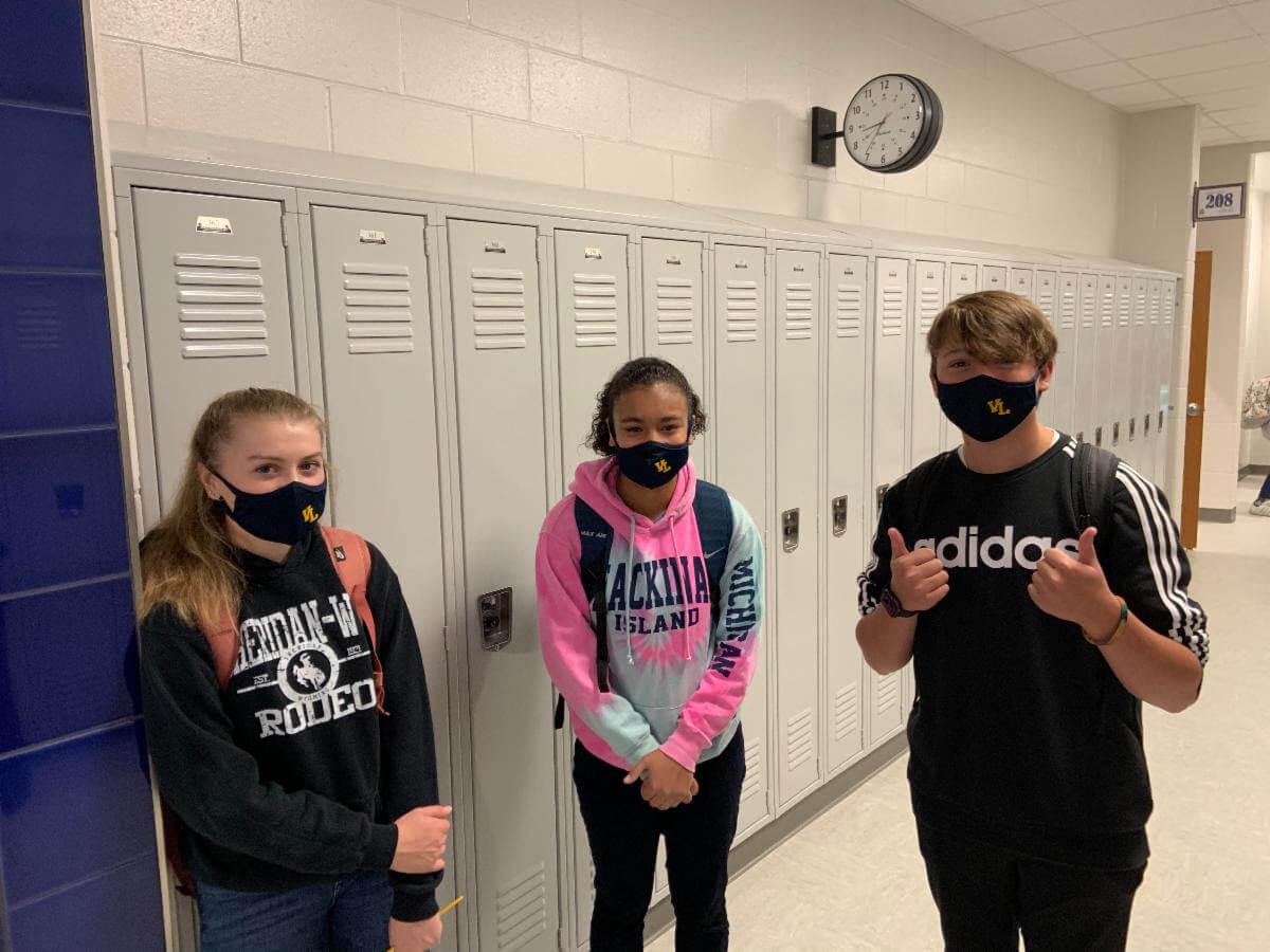 kids wearing VL masks